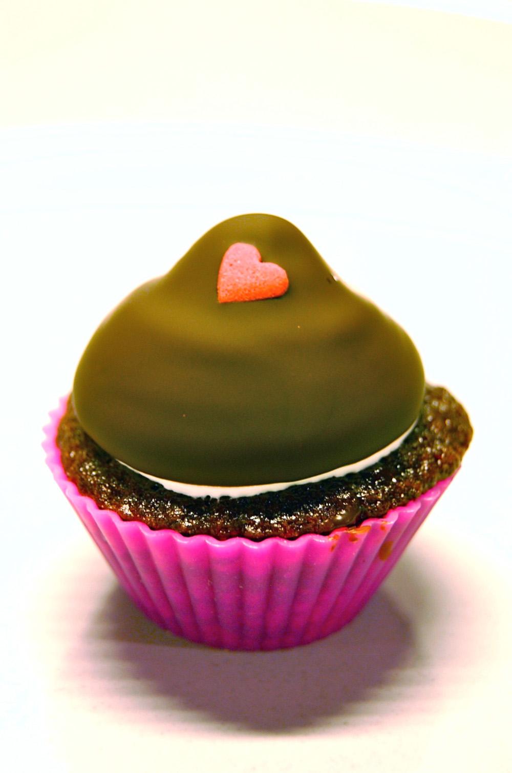 Copenhagen-cakes-cupcake-med-floedebolletopping-floedebolle
