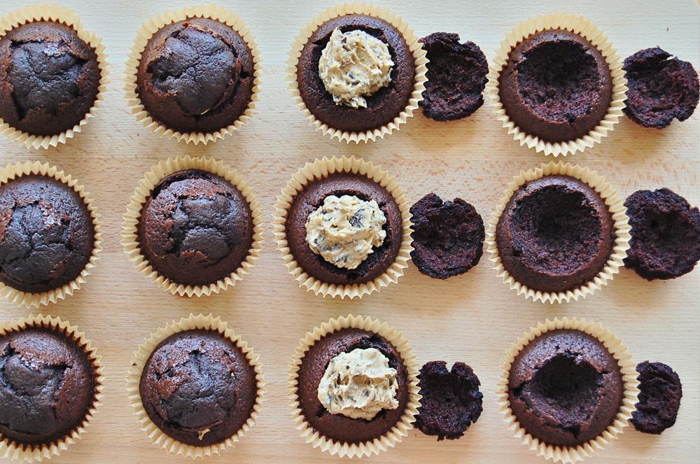 Copenhagen-cakes-chokolade-cupcakes-med-cookie-dough-2